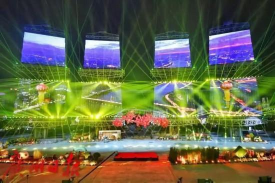广州海心沙灯光秀现场成 星海 接下来还有更精彩的