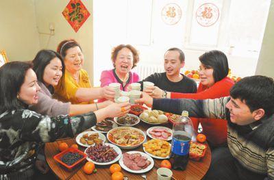 新春走基层:民族团结大院年味浓
