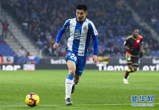 (体育)(11)足球――西甲:西班牙人胜巴列卡诺