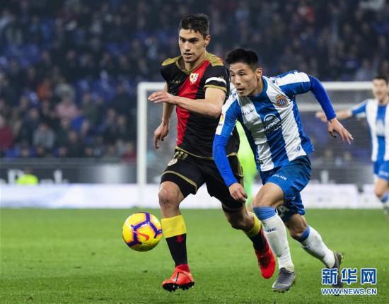 (体育)(1)足球――西甲:西班牙人胜巴列卡诺