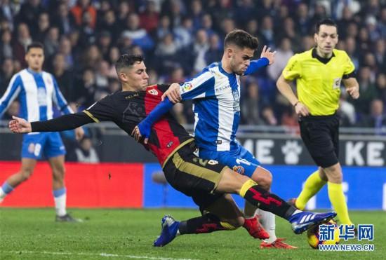 (体育)(10)足球――西甲:西班牙人胜巴列卡诺