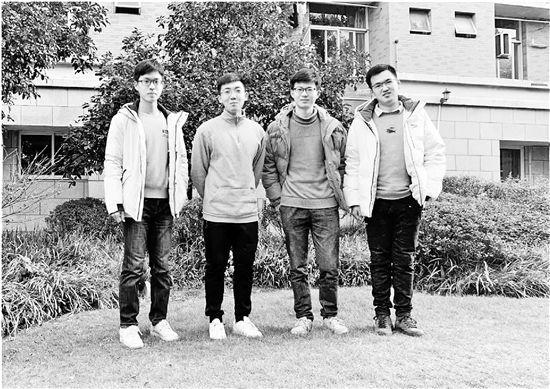 """浙大再现别人的寝室四人""""学霸男团""""集体保研"""