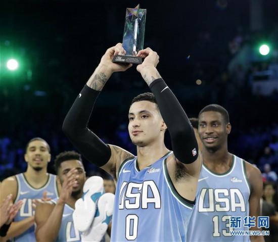 (体育)(1)篮球――NBA全明星新秀赛:美国队胜世界队