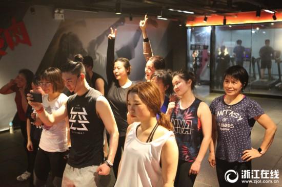 燃烧我的卡路里!节后杭州健身房生意火爆