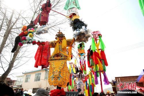 """中国西北""""空中杂技""""传承百年 见证悠久人口迁徙史"""