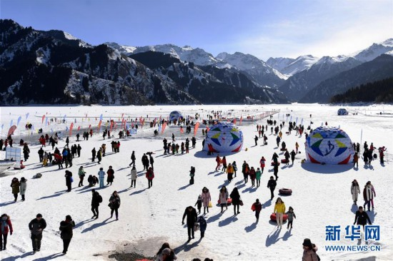 (经济)(1)新疆天池:冬季旅游持续增温