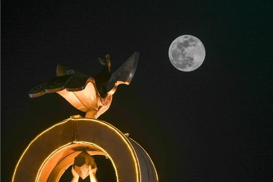 元宵夜喜逢超級月亮