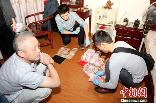 据海南省公安厅副厅长刘海志介绍,现已查明,该黑社会犯罪组织是以图片