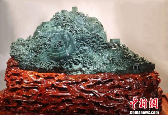 武汉玉雕大师何芳:传承传统雕刻技艺培养传承人