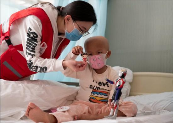 中国红基会资助的首例地贫患儿完成移植康复出院
