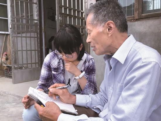 泰州退休教师坚持17年开辅导班 不收家长分毫