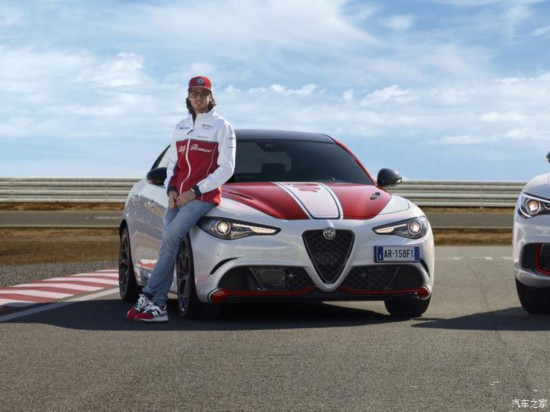 阿尔法・罗密欧 Giulia 2019款 Racing Limited Edition