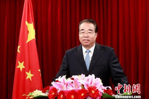 在2019年新春佳节到来之际,中国国务院侨务办公室主任许又声在北京发表农历己亥年新春贺辞,向华侨华人和归侨侨眷致以节日问候。<a target='_blank'  data-cke-saved-href='http://www.chinanews.com/' href='http://www.chinanews.com/'><p  align=