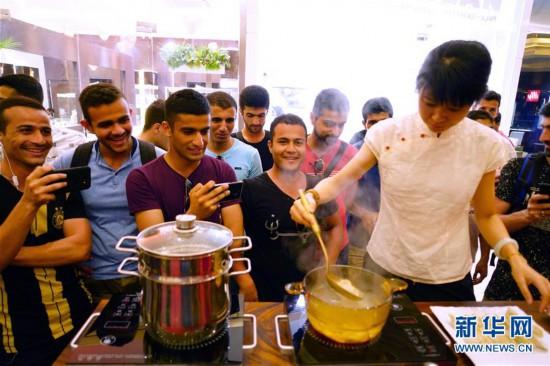 (国际・图文互动)(2)中国文化周活动在斯里兰卡落幕