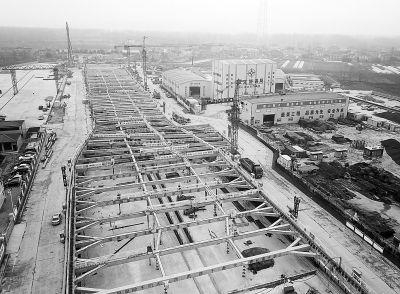 南京和燕路过江通道主体结构底板施工完成