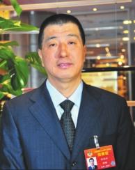黑龙江省全国政协委员讨论政府工作报告
