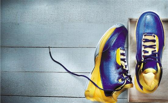 """买童鞋的""""烦恼"""",小学高年级中""""大脚娃""""很普遍"""