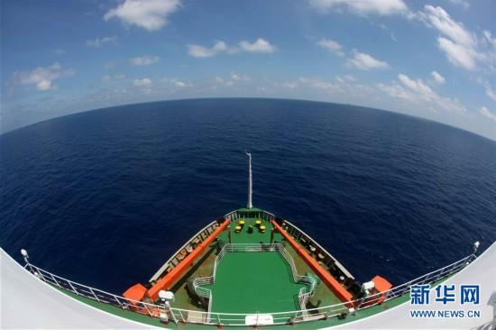 """(图文互动)(1)""""雪龙""""号驶入我国海域 中国第35次南极科考取得多项重要成果"""