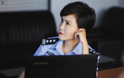 王茜:我是学电影表演的 不是警察