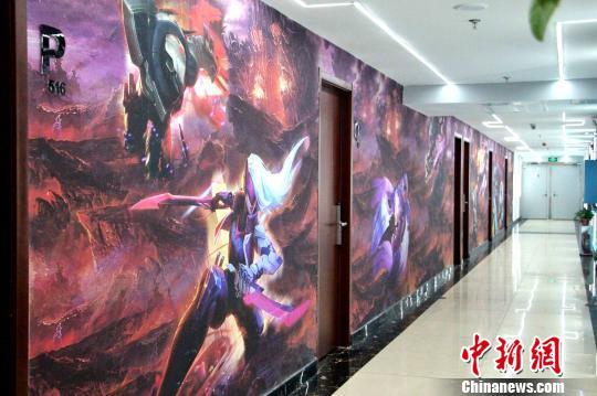 电竞酒店悄然火热 中国青年开辟社交新领地