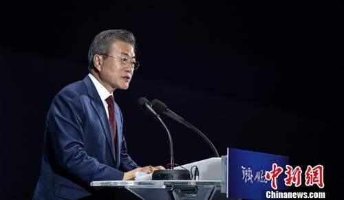 民调:韩国总统文在寅施政支持率降至45%创新低