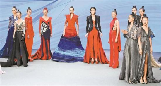 深圳时装周展现时尚之美