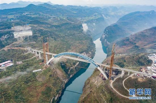 (经济)(1)成贵高铁鸭池河特大桥建设进入冲刺阶段