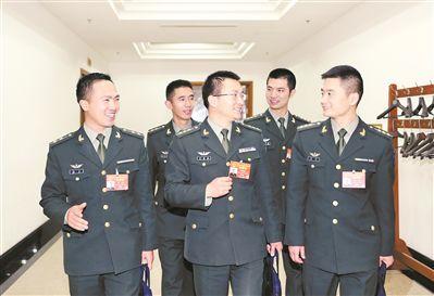 军政军民团结一心,共同把强军事业推向前进