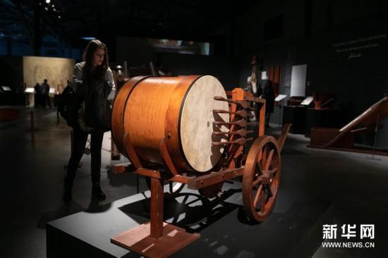 (新华视界)(2)希腊雅典举办达芬奇主题沉浸式展览