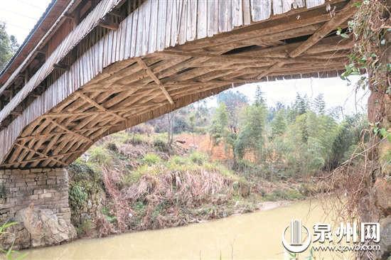 """德化有座山茶木拱廊桥 被称""""闽南独丁"""""""
