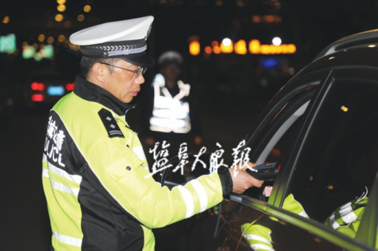 盐城交警开展全省统一联动行动 查获酒驾醉驾33起
