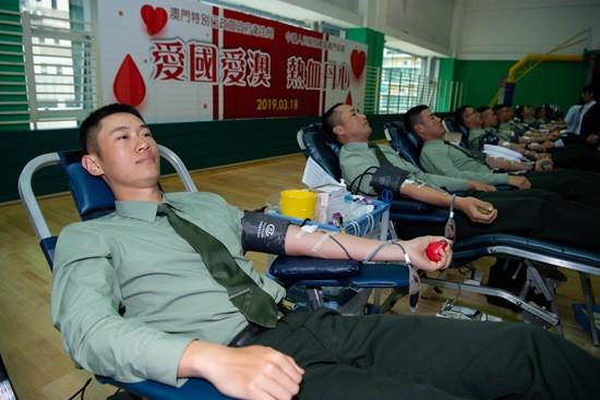 图说:公益献血