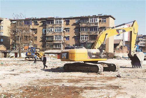"""徐州一工地被查 """"顶风""""施工并无抑尘设备"""