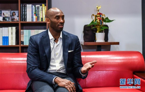 (体育・图文互动)(1)如今,依然看得到凌晨四点的洛杉矶--专访NBA传奇球星科比・布莱恩特