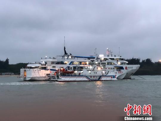 北海至涠洲岛航线暂停运客搁浅事件涉事游客免票一年