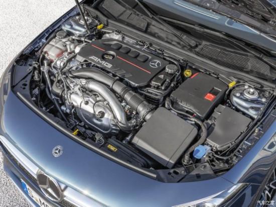 梅赛德斯-AMG 奔驰A级AMG 2019款 AMG A 35 4MATIC Sedan