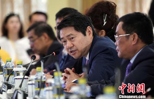 王辉耀:吸引海外华侨华人人才需政策创新
