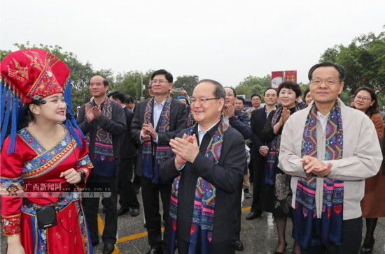 """""""壯族三月三·八桂嘉年華""""拉開大幕"""