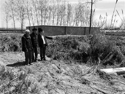盐城滨海2800多村民为11位烈士找名字 村里几代人为烈士守墓守了76年