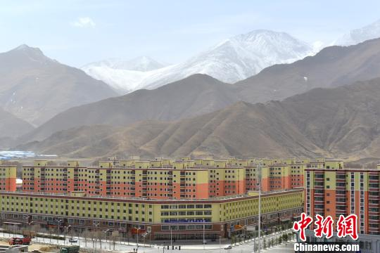西藏拉萨6年投入60亿元新建及改扩建学校260余所