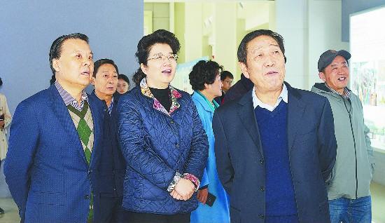 徐州市政协理论研究会来沛县调研 李淑侠陪同