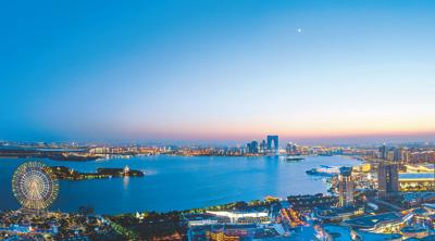 中国作协副主席何建明:故乡的这片湖
