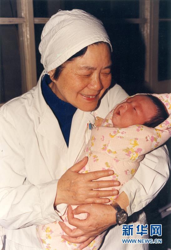"""(图文互动)(1)从试管婴儿到当妈妈 见证我国辅助生殖技术""""茁壮成长"""""""