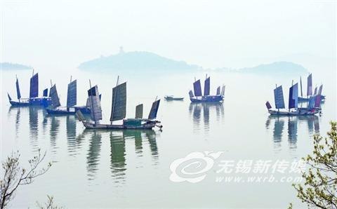 无锡太湖出现晨雾 水天一色如在画中