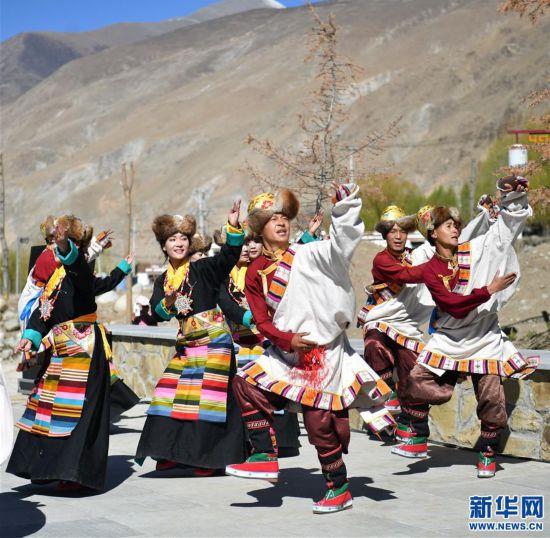 (文化)(2)西藏:传承文化助推旅游