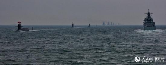 回顾2009人民海军建军60周年海上大阅兵 多国舰艇受阅