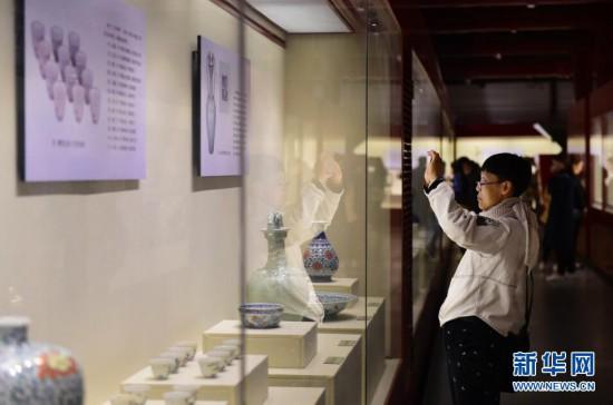 沈阳故宫百件国宝对公众开放