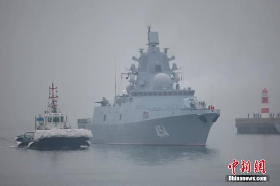 来华参加多国海军活动的外国舰艇陆续抵达青岛