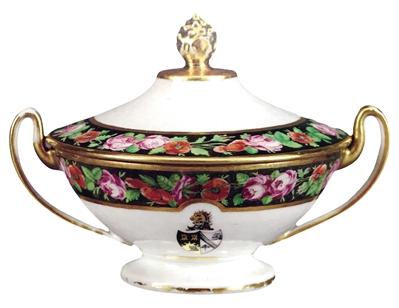 为防仆人偷喝茶 英国人给茶叶罐上了锁