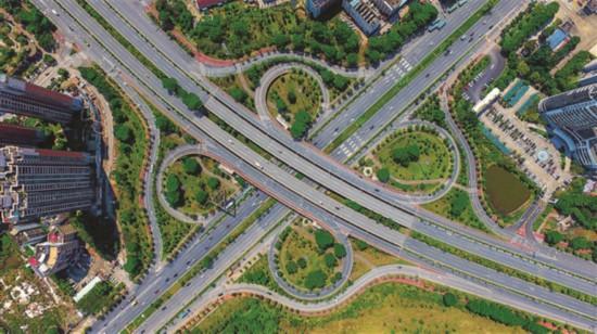 """惠州:路网""""舒筋展骨""""构建快速交通"""